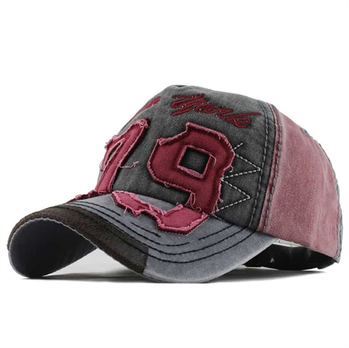 Image of   79 Cap pink/grey