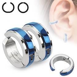 Ørering i blue steel. (Behøver ikke hul i øret)