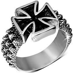 Malteserkors ring i rustfrit stål.