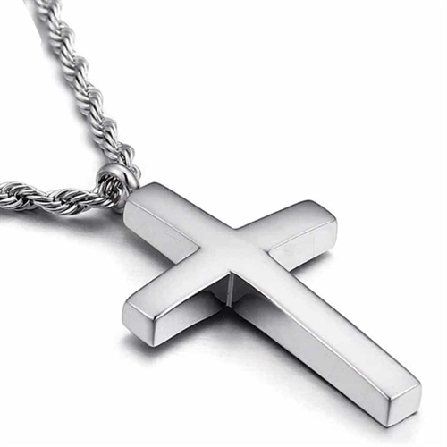 Blank Pietri kors halssmykke.